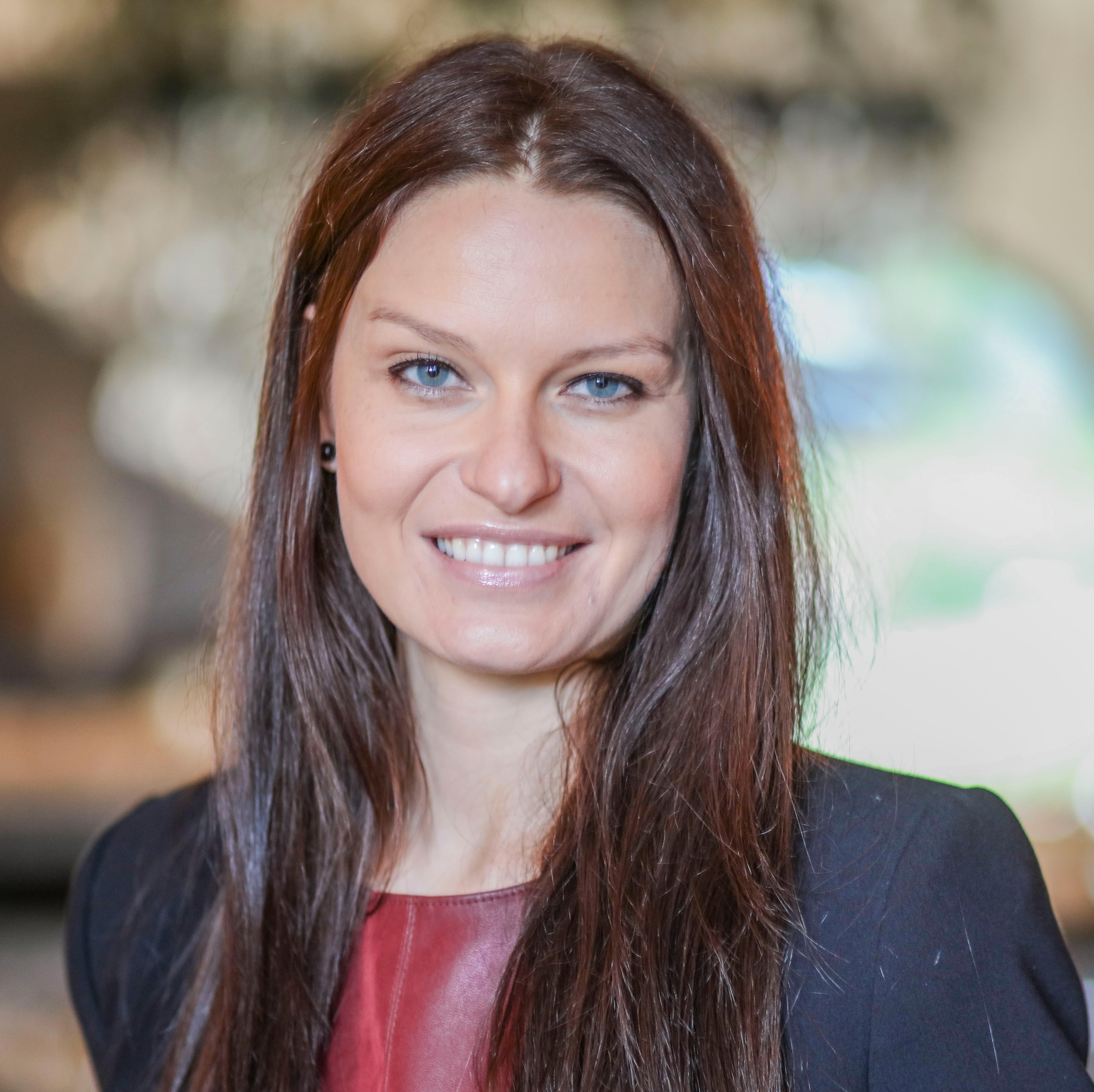 Portrait Stella Scheuer, Verkaufsleiterin