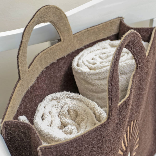 Felt bag with logo Black Forest panorama and two towels